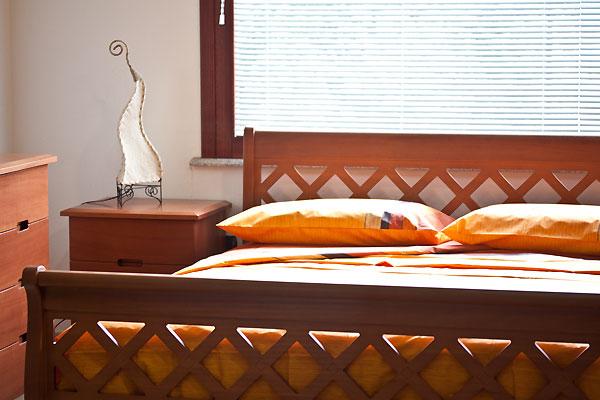 Camera da letto moderna del mobilificio Fratelli Saiu, Villacidro ...