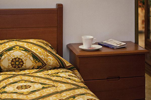 Camere Da Letto Moderne Alta Qualita : Camera da letto moderna del mobilificio fratelli saiu