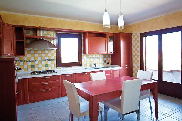 Cucina moderna amelie mobilificio mobilificio fratelli for Zoccolo casa moderna
