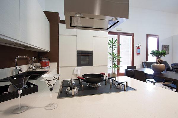 Mobilificio fratelli saiu a villacidro vendita - Cucina arredamento moderno ...