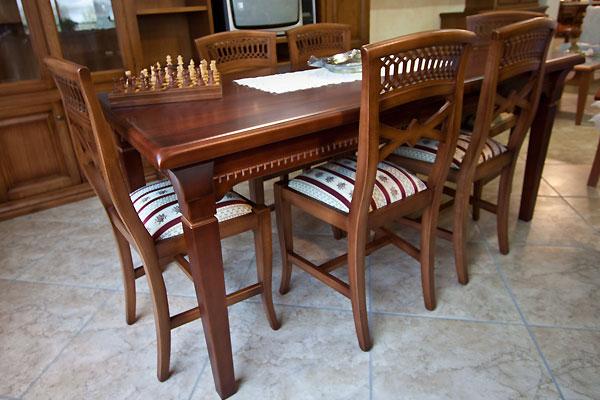 Tavolo standard legno di qualita artigianale for Tavolo classico e sedie moderne